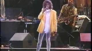 Whitney Houston - You Make Me Feel ( Like A Natural Woman ) - HQ Live BRAZIL