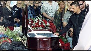 звёзды на похоронах Олега Яковлева редкие кадры