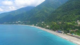 Пляж и город Гагры Абхазия 2016