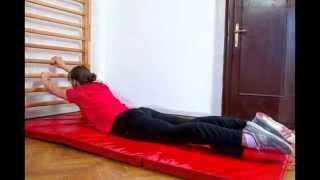 Übungen an der Sprossenwand