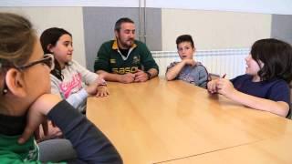preview picture of video 'L'Escola Castell d'Òdena participa al Concurs Contesdelmon.org'