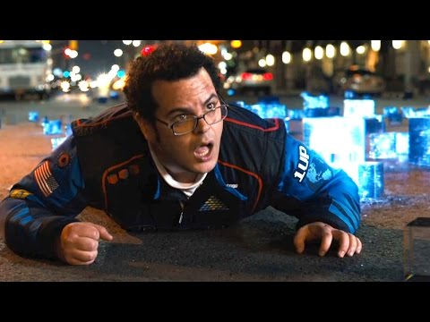 Pixels (Clip 'Chased by Pac Man')