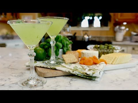 Amazel Basil Gimlet 🌿🍸// Garden Answer