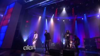 Lời dịch bài hát Stereo Hearts - Adam Levine