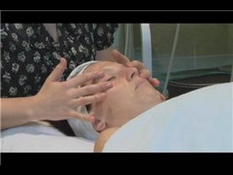 Fractional pagbabagong-lakas sa paligid ng mga mata