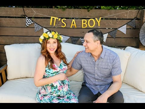 10 Baby Shower Ideas and Tips! How to Throw a Fun Baby Shower!