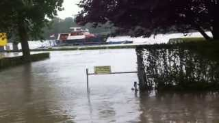 preview picture of video 'Hochwasser Korneuburg - 02.06.2013'