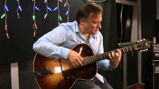 Farewell performed on a Hofner Senator Guitar