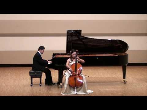 Ver vídeoDown Syndrome: Akihito Ochi Piano Concert 2009 Tokyo 2