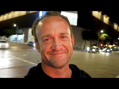 Working homeless actor in LA gives an insightful and interesting interview about what it's like surviving on the streets.