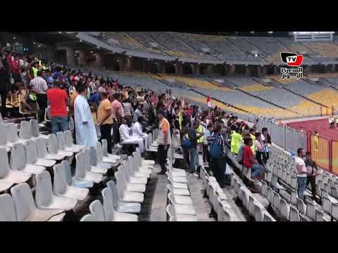 جماهير قليلة لبيراميدز تؤازر لاعبيها قبل مواجهة الزمالك في نهائي كأس مصر