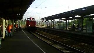 preview picture of video 'BR 212 Bahnhof Rastatt'