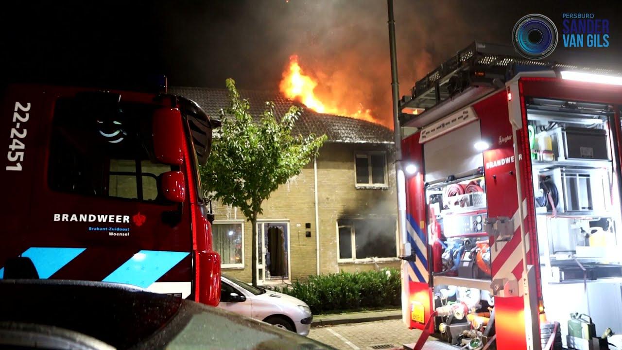 16-10-2021 – Uitslaande brand verwoest woning aan de Mgr. A.F. Diepenstraat in Best