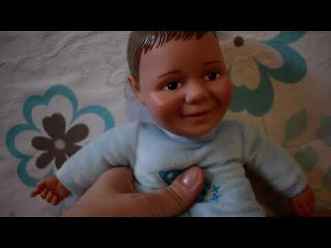 Baby Jake beszélő plüss puha játék   12 Baby Jake bébi mondatot mond.  25 cm Kép