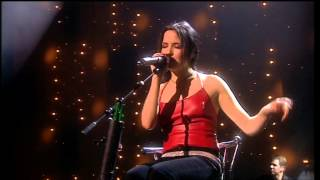 The Corrs Live in London - Merry Xmas (War Is Over) [Features]