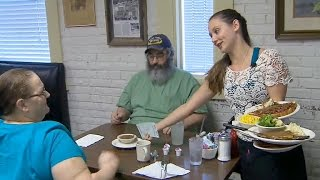 Waitress offers hope to grieving parents
