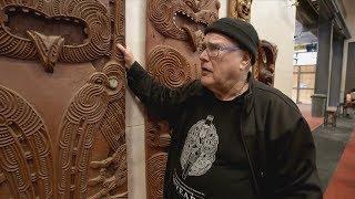 Māori Master Carver Teaching The Next Generation Of Artists