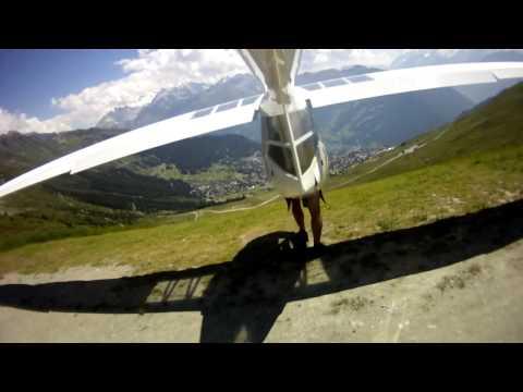 מטוס בהמראה רגלית - מדהים!