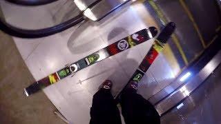 Эскалатор приколы! Артист в метро!