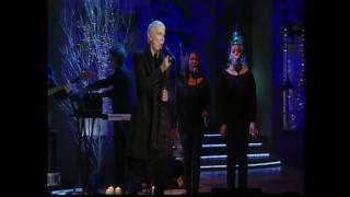 Annie Lennnox - Alan Titchmarsh 2010 Part 3.mp4