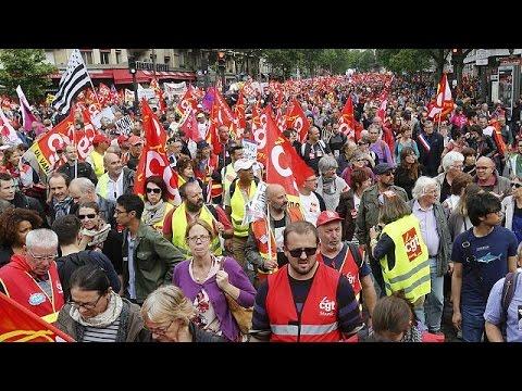 Γαλλία: Υποχώρηση της κυβέρνησης για τη διαδήλωση των συνδικάτων στο Παρίσι