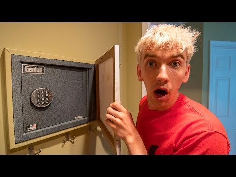 THIS ABANDONED SAFE WAS NEVER TO BE FOUND!!