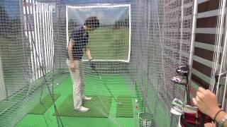 Fujitsu phone application analyzes golf swing