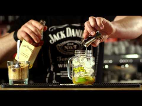 Video Jack Daniels Tennessee Honey Drink