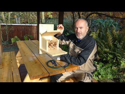 Eichhörnchen Futterstation / Futterbox / Futterhaus / DIY