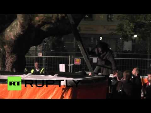 Germany: Berlin refugee ends tree protest following camp demolition