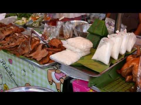 Thai Street Food 4K - Chicken boiled fish sauce - Chiangrai - Sep.22,2017 #Clip02