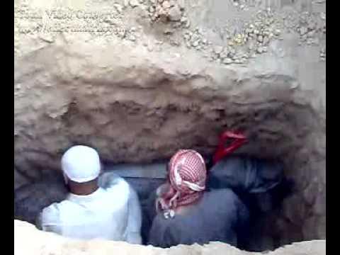 الدفن فى البقيع بالمدينة المنورة