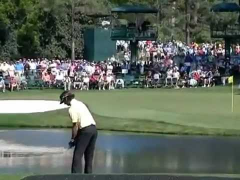 Bubba Watson – Skipping it over #16 Pond at The 2011 Masters – Augusta National Golf Club