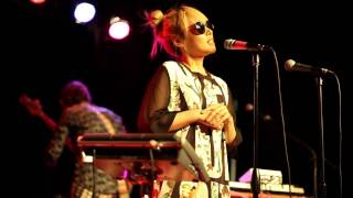 Cibo Matto discuss the theme of their new album (Live @ Littlefield 2013)