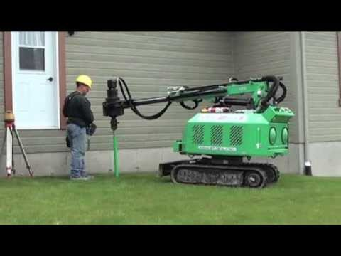 Techno Pieux – Video im Wohnbereich – Installation von Pfählen Techno Pieux mit dem Gerät EM-1 für einen Durchgang.