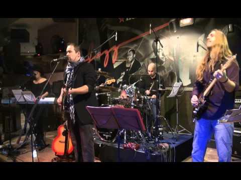 Robin Nodar y Queimada - Everybreath you take (Police)