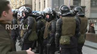 Russia: At least 500 protesters detained during clashes with police in Moscow