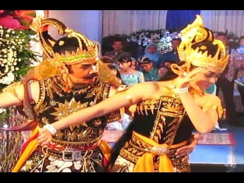 Video Tari GATOTKACA Gandrung PERGIWO - Javanese Classical Dance [HD]