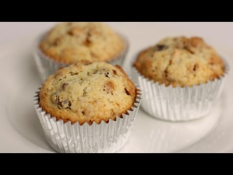 Granola Muffin Recipe – Laura Vitale – Laura in the Kitchen Episode 366