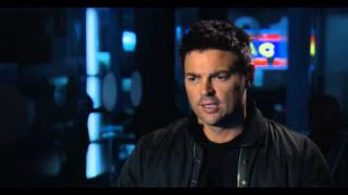 "Karl Urban talks about ""Almost Human"" (Spanish Subs)"