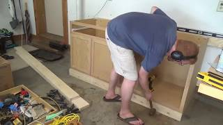 Mounting Garage Cabinets