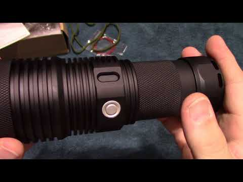 Haikelite MT07S Flashlight Review!