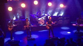 Jason Isbell - Outfit [Drive-By Truckers song] (Athens 12.01.16) HD