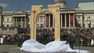 Replica of Palmyra's 'Arch of Triumph' unveiled in London