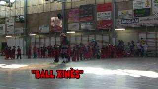 preview picture of video 'Dansa Xinesa P4 Carnaval 2010 Escola Sant Josep'