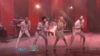 Lady GaGa   Bad Romance Пусть хоть одна из наших певиц попробует так спеть без фанеры
