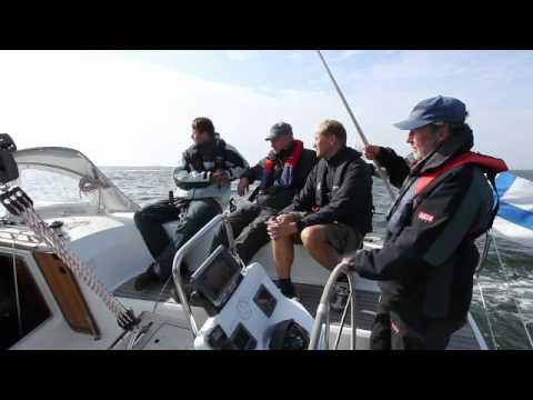 Bavaria 32 Cruiser ja Hallberg-Rassy 310