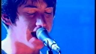 Arctic Monkeys - I Bet You Look Good On The Dancefloor (Live on Later)