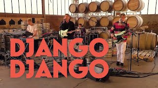 "Django Django - ""Tic Tac Toe"" & ""First Light"" - Session at Bar Gallia"