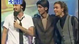 Atif Aslam singing meri kahani at VOI.flv